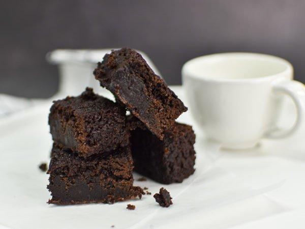 Alchemy Premix Brownies with Milk Side View