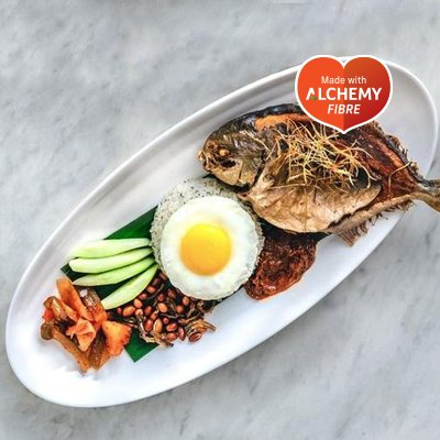 Colonial-Club-nasi-lemak-with-promfet-fish-with-alchemy-fibre