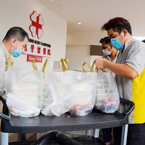 Kwong Wai Shiu Hospital receiving meal dishes
